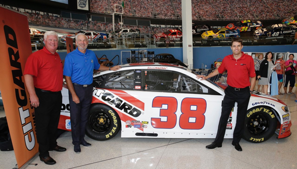 CITGARD 700 and Ragan Unveil Partnership to Pay Tribute to Dale Jarrett's First Cup Series Win at Darlington